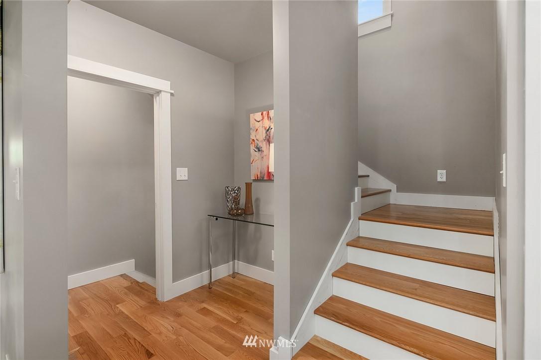 Sold Property | 1813 N 51st Street Seattle, WA 98103 18