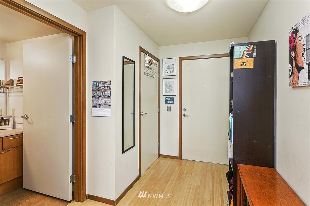 Sold Property | 12334 31st Avenue NE #504 Seattle, WA 98125 3