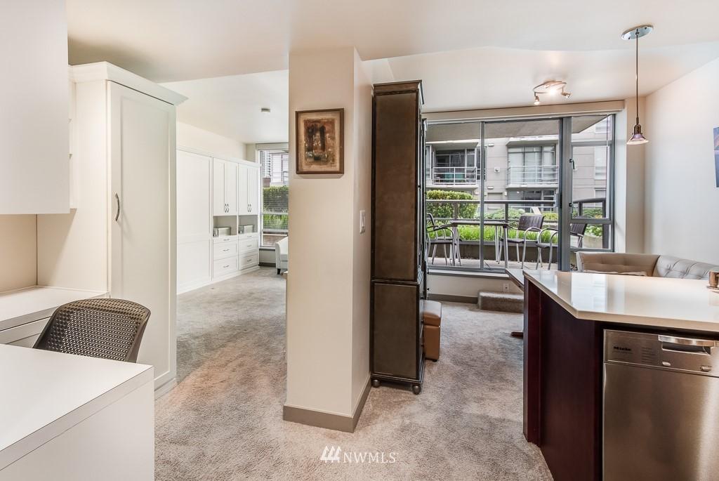 Sold Property | 2929 1st Avenue #606 Seattle, WA 98121 2