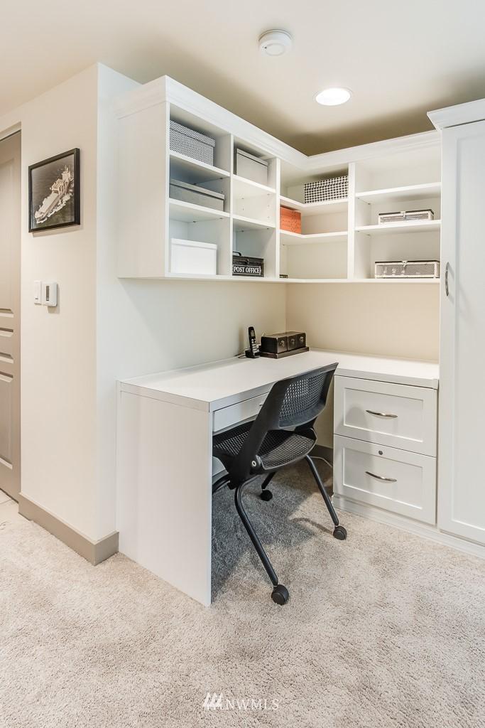 Sold Property | 2929 1st Avenue #606 Seattle, WA 98121 11