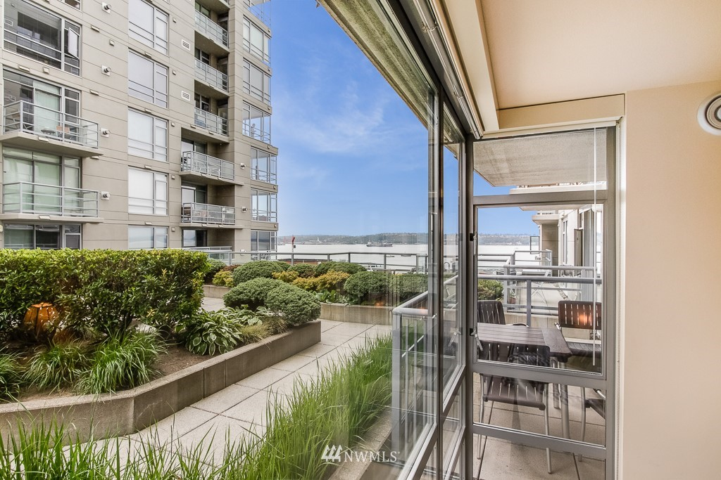 Sold Property | 2929 1st Avenue #606 Seattle, WA 98121 22
