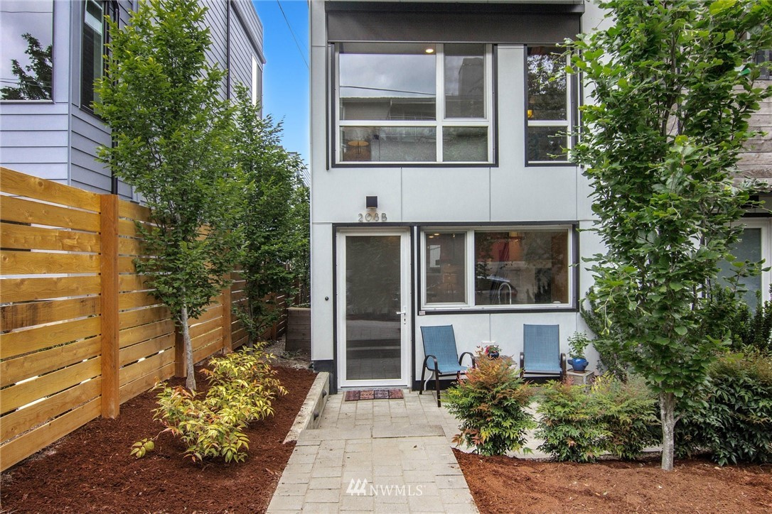 Sold Property | 208 25th Avenue E #B Seattle, WA 98112 2