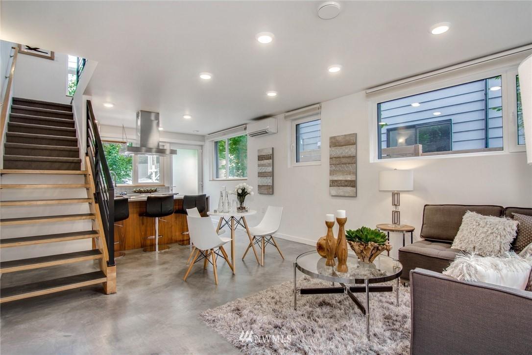 Sold Property | 208 25th Avenue E #B Seattle, WA 98112 7