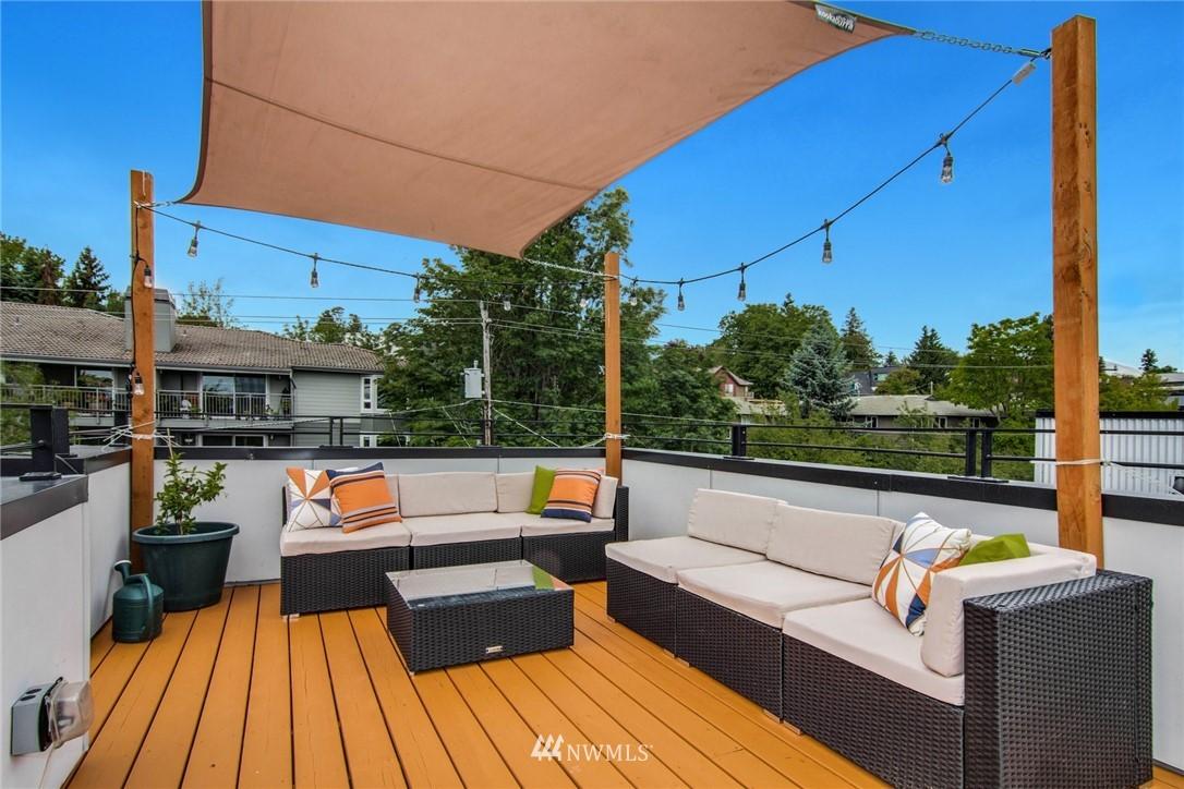 Sold Property | 208 25th Avenue E #B Seattle, WA 98112 20