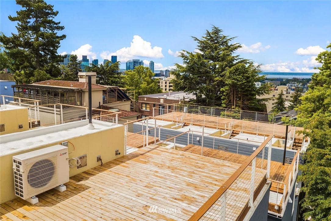 Sold Property | 732 Belmont Place E Seattle, WA 98102 2