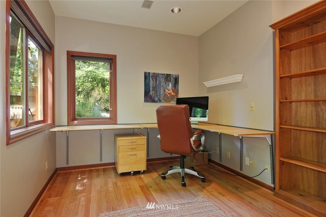 Sold Property | 8912 46th Avenue NE Seattle, WA 98115 9