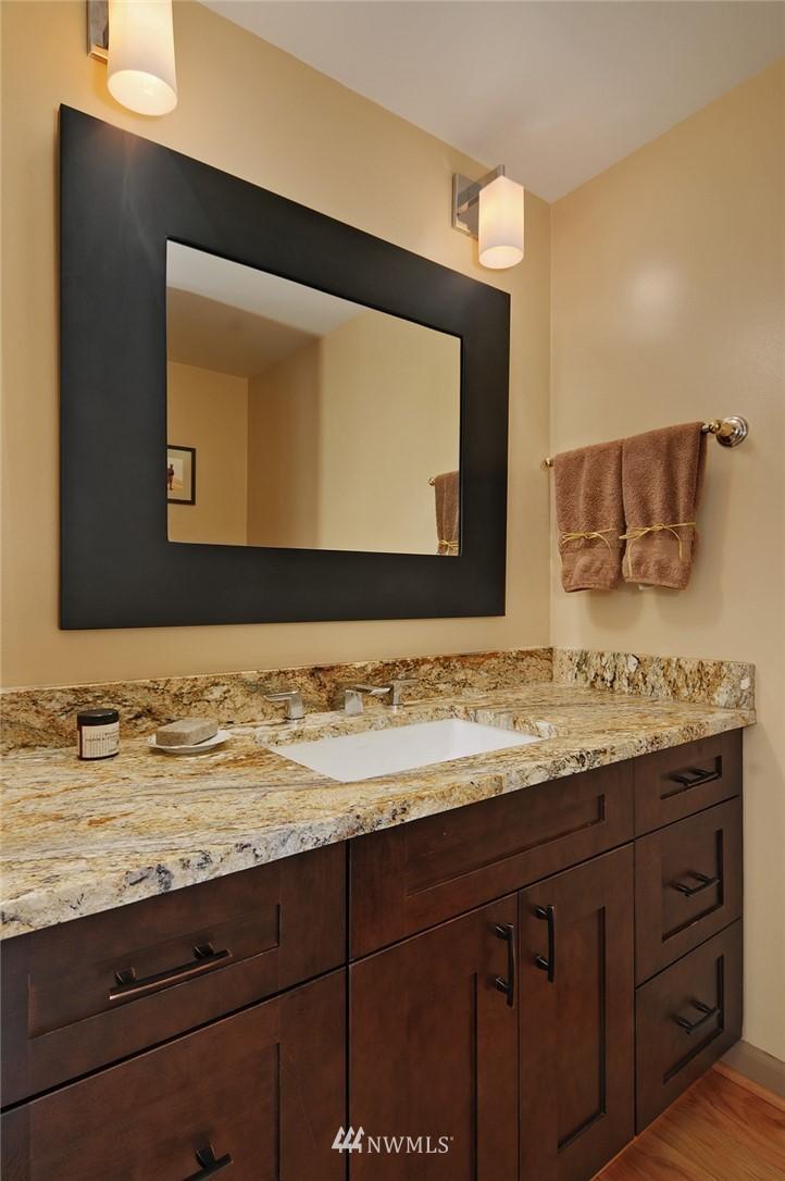 Sold Property | 8912 46th Avenue NE Seattle, WA 98115 10