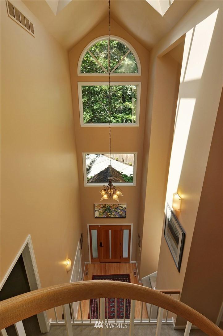 Sold Property | 8912 46th Avenue NE Seattle, WA 98115 11