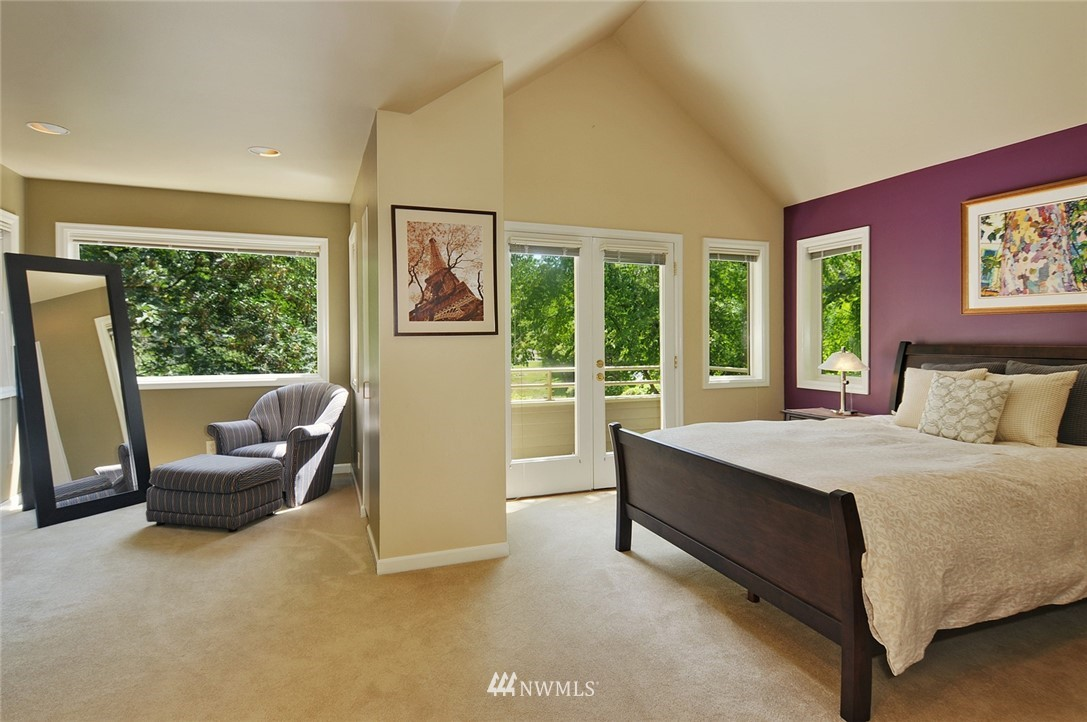 Sold Property | 8912 46th Avenue NE Seattle, WA 98115 12