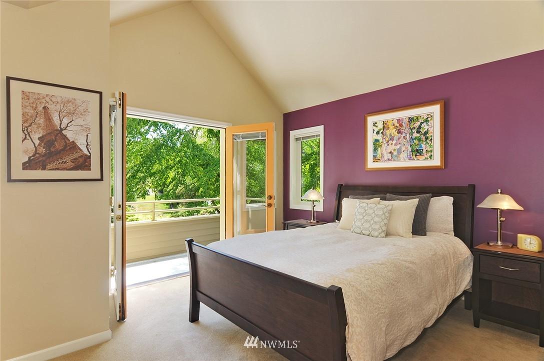 Sold Property | 8912 46th Avenue NE Seattle, WA 98115 13