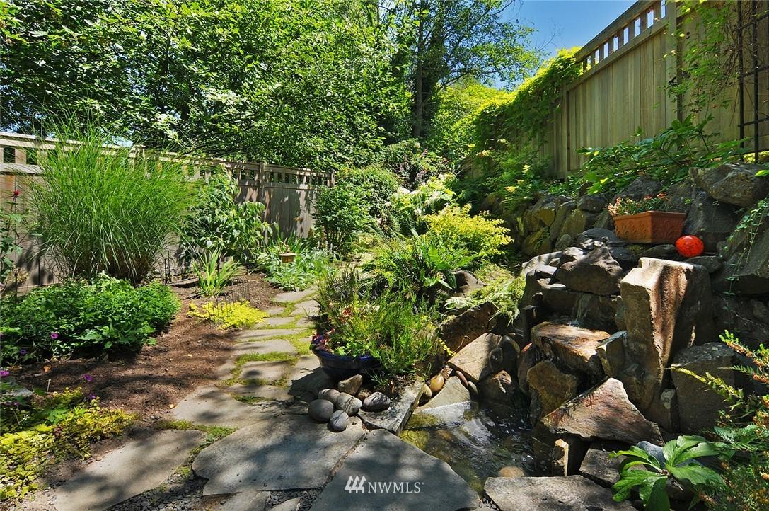 Sold Property | 8912 46th Avenue NE Seattle, WA 98115 21