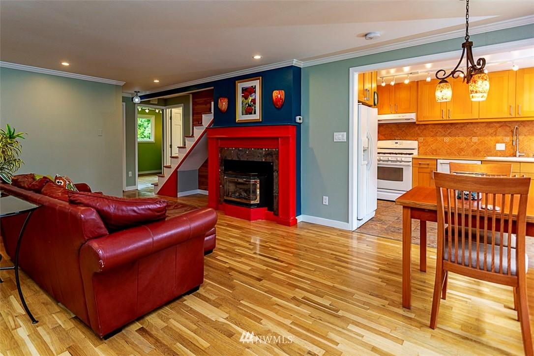 Sold Property | 14127 75 Avenue NE Kirkland, WA 98034 1