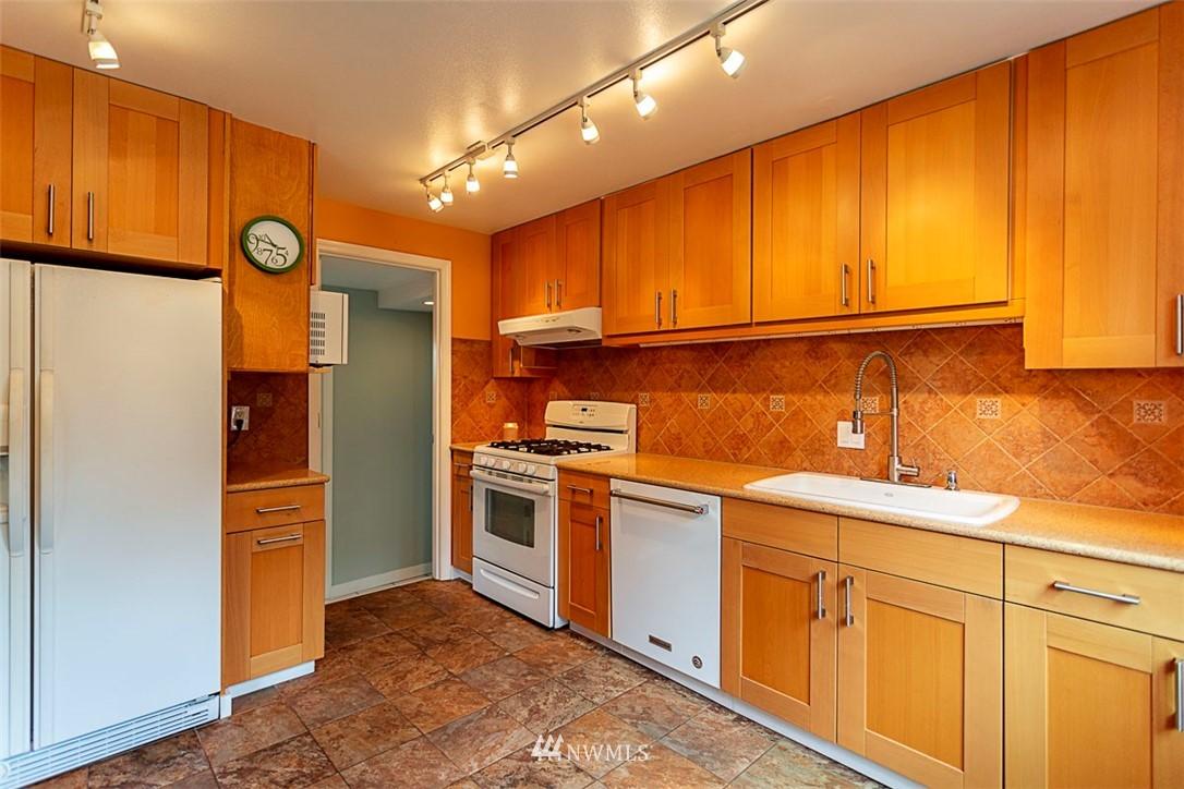 Sold Property | 14127 75 Avenue NE Kirkland, WA 98034 2