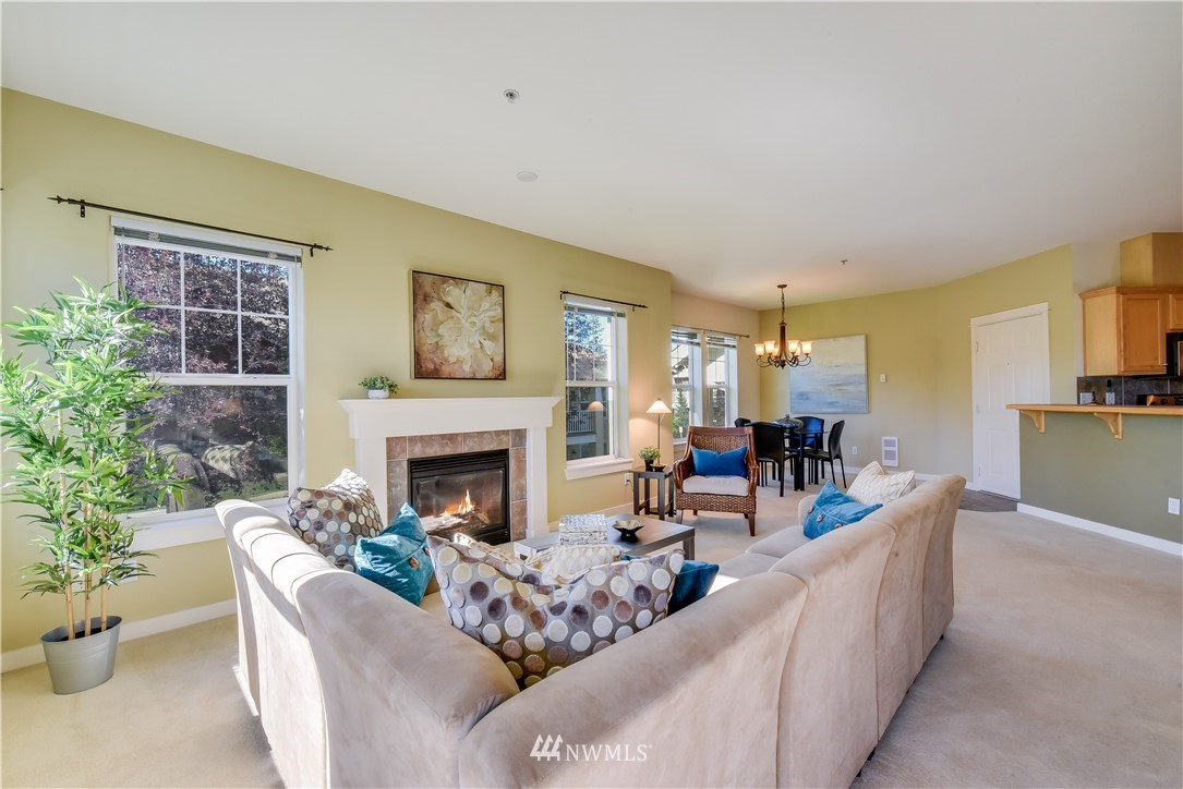 Sold Property   22621 NE Alder Crest Drive #201 Redmond, WA 98053 4