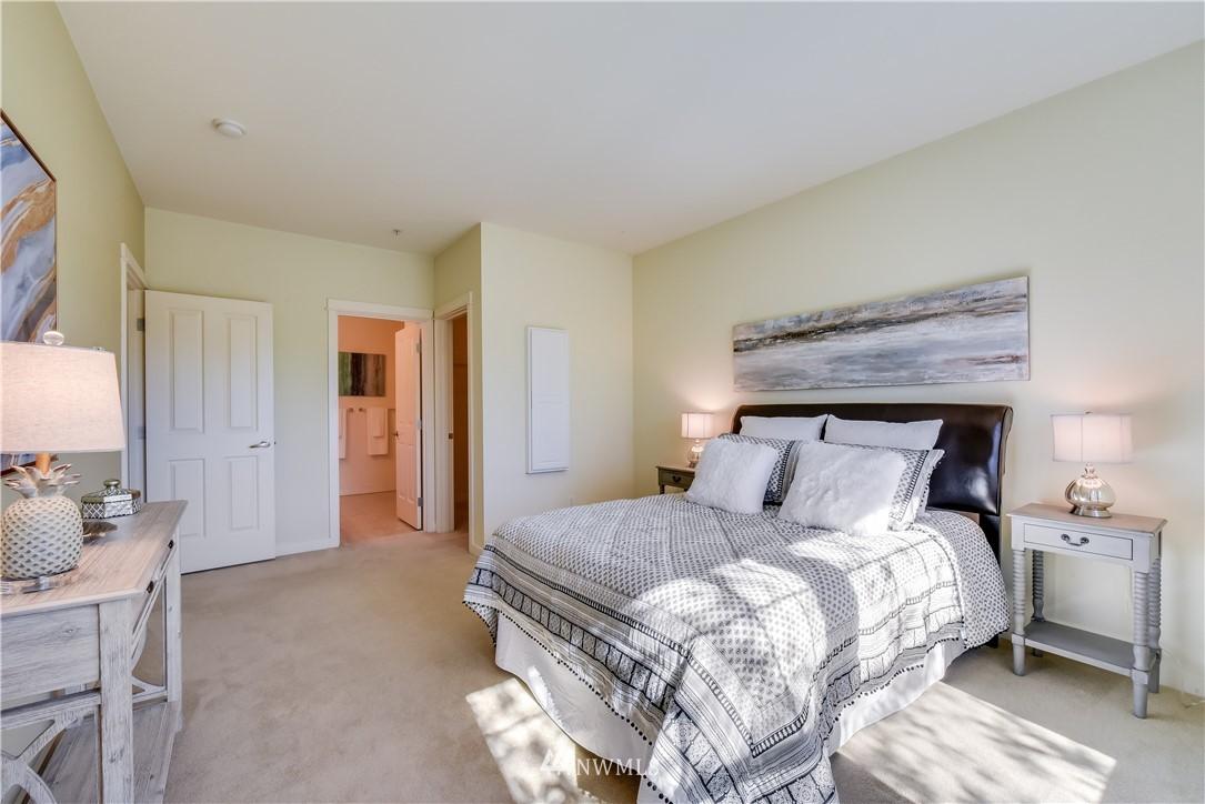 Sold Property   22621 NE Alder Crest Drive #201 Redmond, WA 98053 8