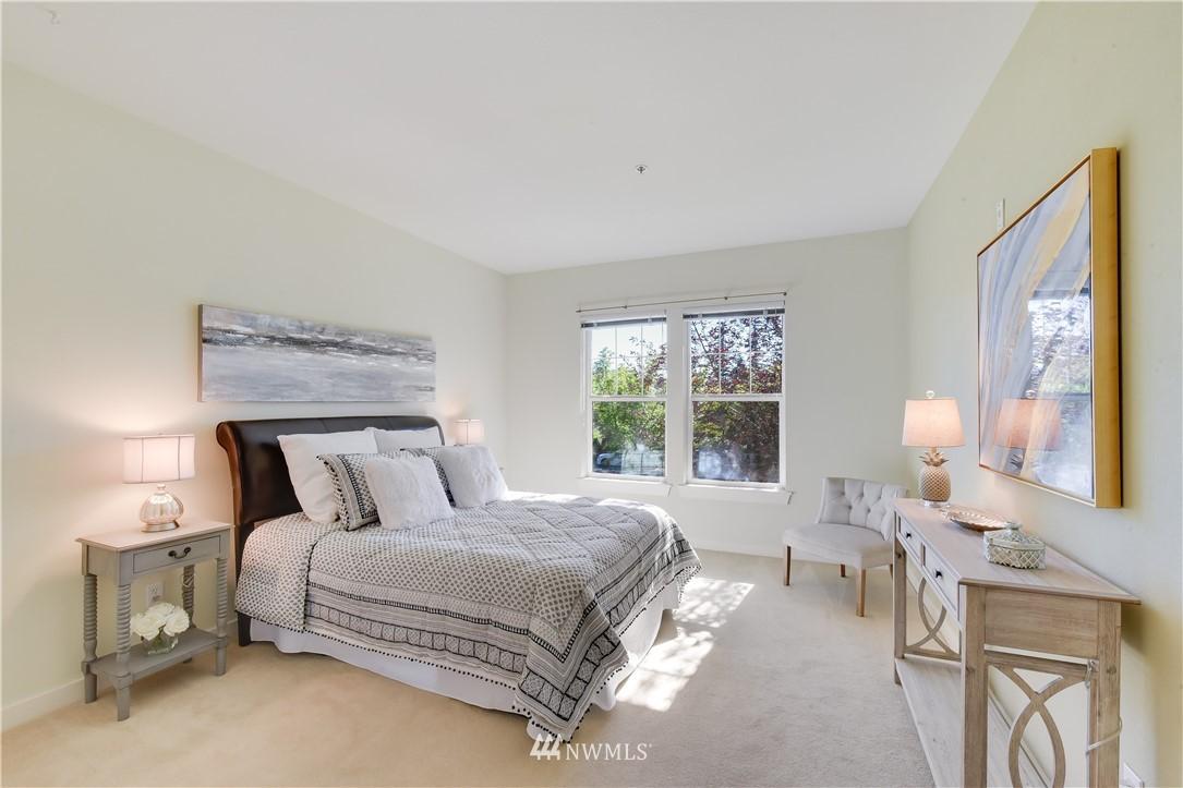 Sold Property | 22621 NE Alder Crest Drive #201 Redmond, WA 98053 9