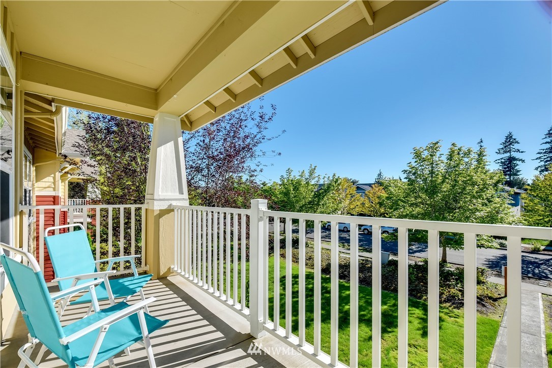 Sold Property | 22621 NE Alder Crest Drive #201 Redmond, WA 98053 14