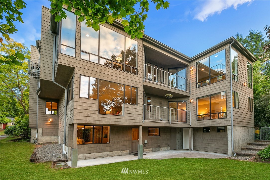 Sold Property   4232 NE 88th Street Seattle, WA 98115 1