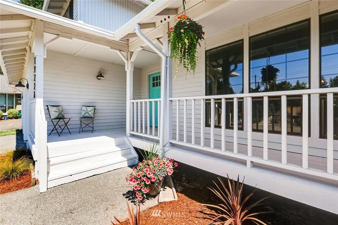 Sold Property | 19226 135th Avenue SE Renton, WA 98058 2