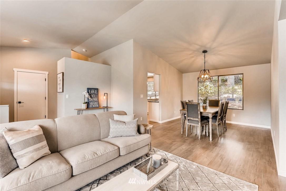 Sold Property | 19226 135th Avenue SE Renton, WA 98058 7