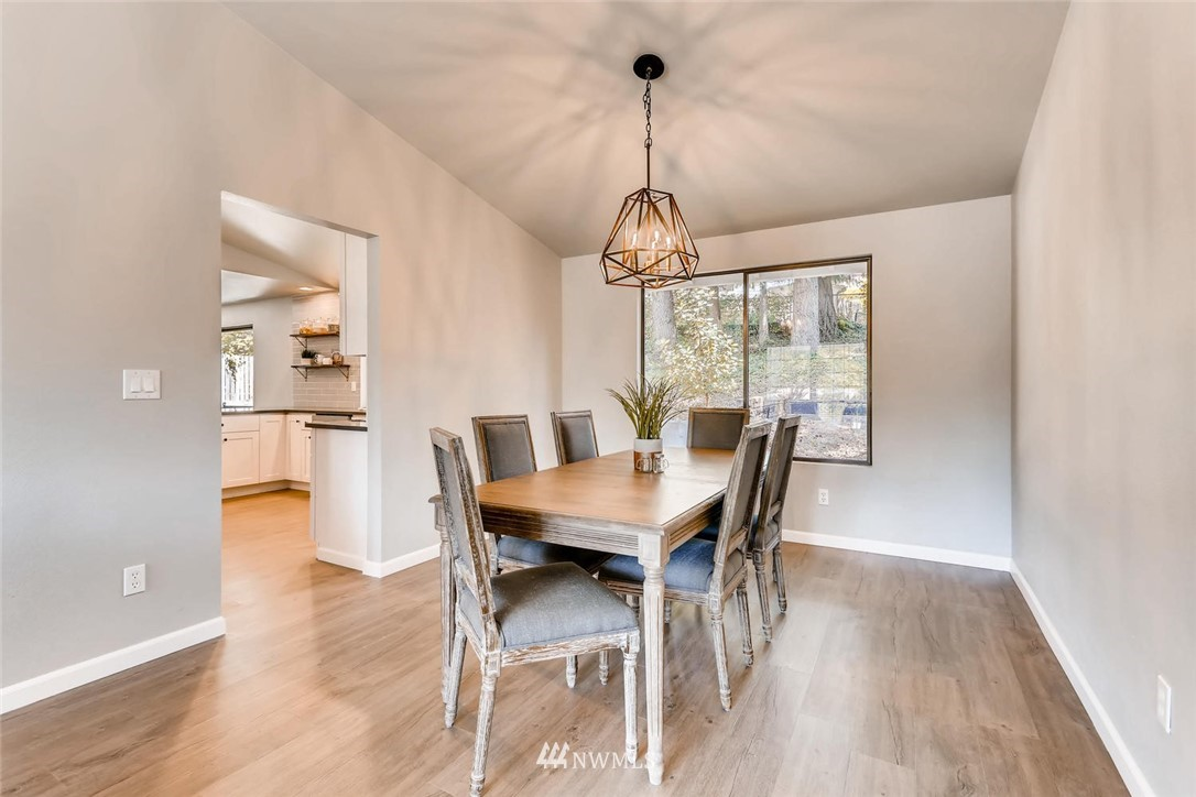 Sold Property | 19226 135th Avenue SE Renton, WA 98058 8