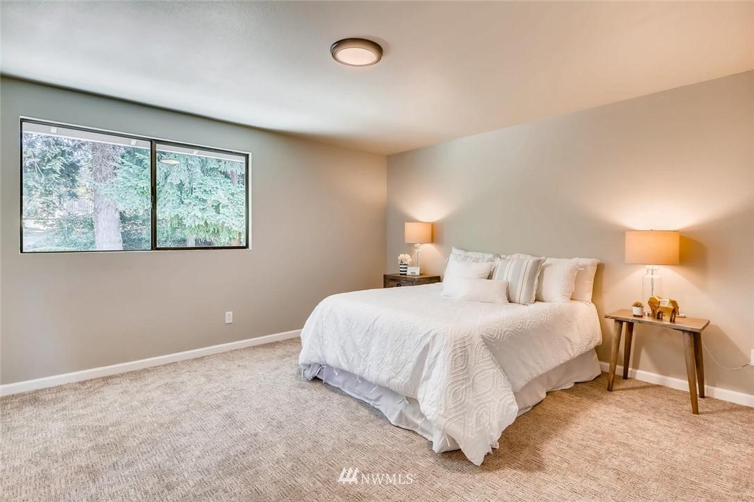 Sold Property | 19226 135th Avenue SE Renton, WA 98058 17