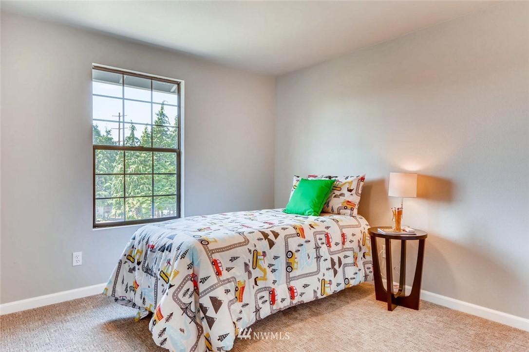 Sold Property | 19226 135th Avenue SE Renton, WA 98058 21