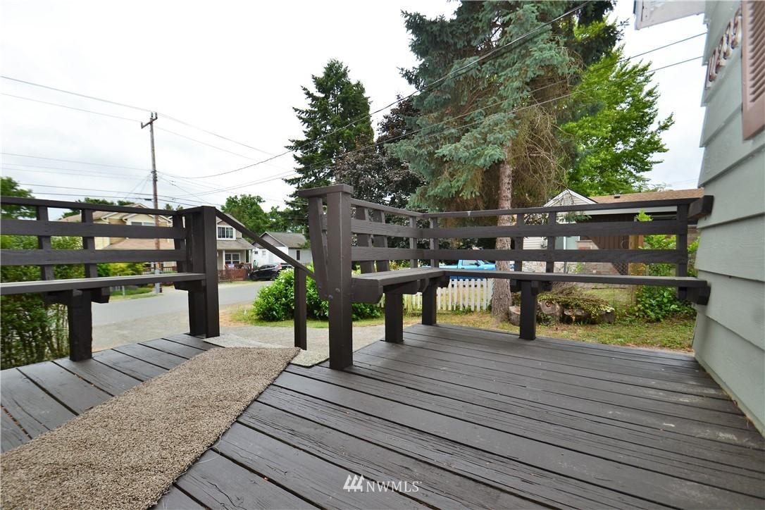 Sold Property   10235 19th Avenue SW Seattle, WA 98146 7