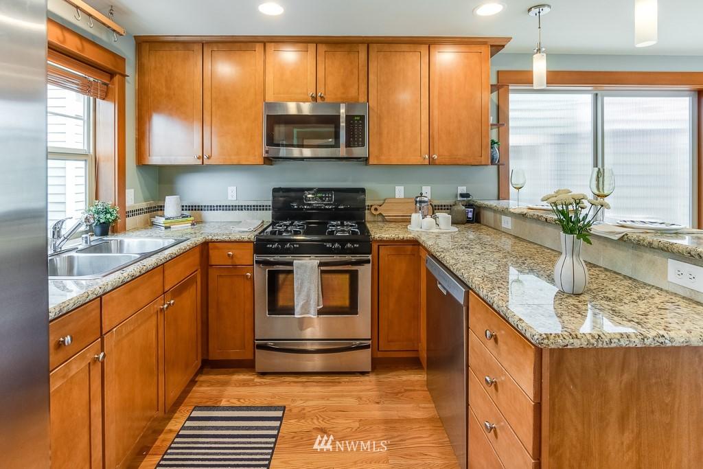 Sold Property   1532 63rd Street Seattle, WA 98107 6