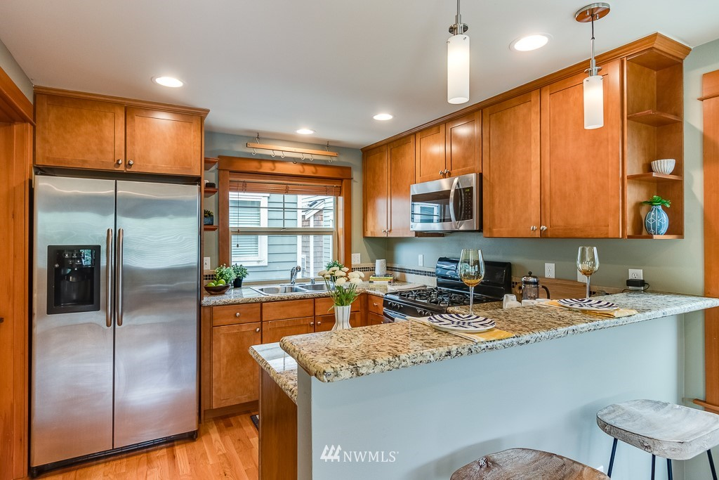 Sold Property   1532 63rd Street Seattle, WA 98107 7