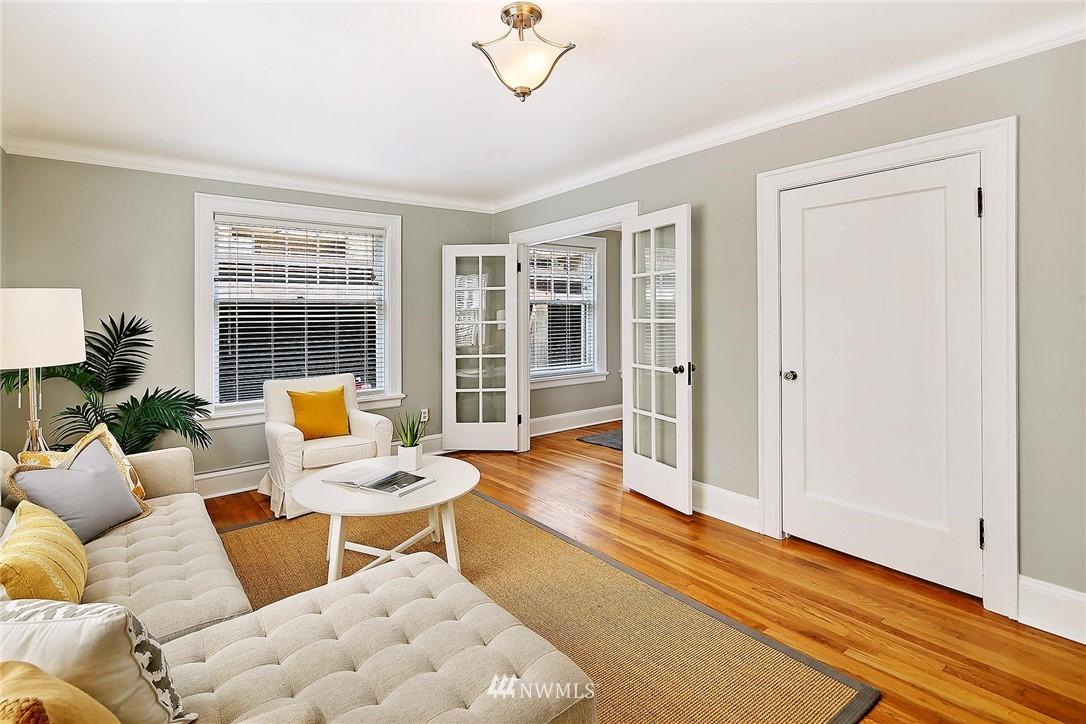 Sold Property | 321 Boylston Avenue E #102 Seattle, WA 98102 1