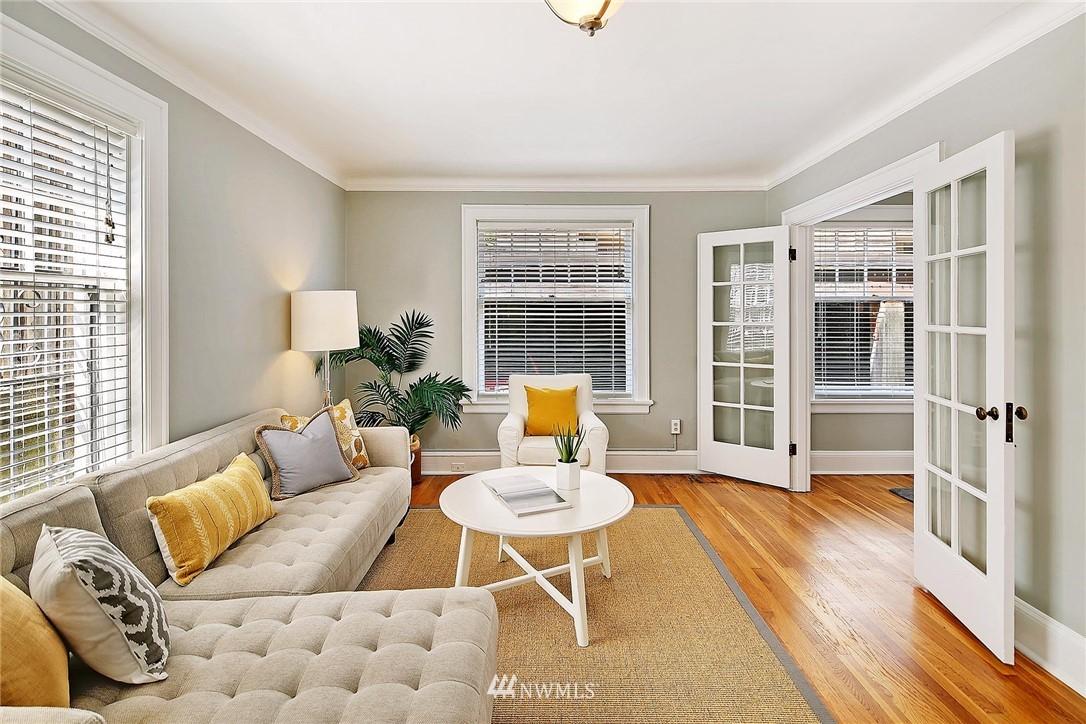 Sold Property | 321 Boylston Avenue E #102 Seattle, WA 98102 2