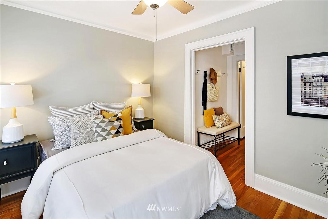 Sold Property | 321 Boylston Avenue E #102 Seattle, WA 98102 7