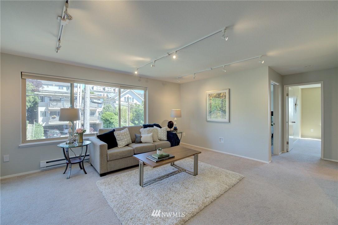 Sold Property | 4421 Greenwood Avenue N #301 Seattle, WA 98103 2
