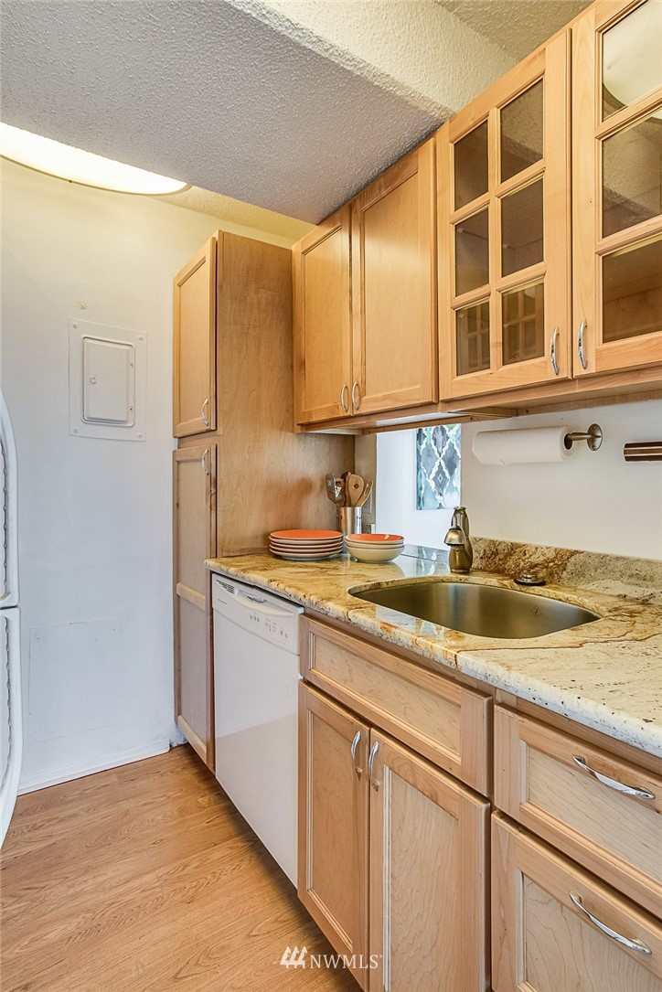 Sold Property | 308 E Republican Street #502 Seattle, WA 98102 8