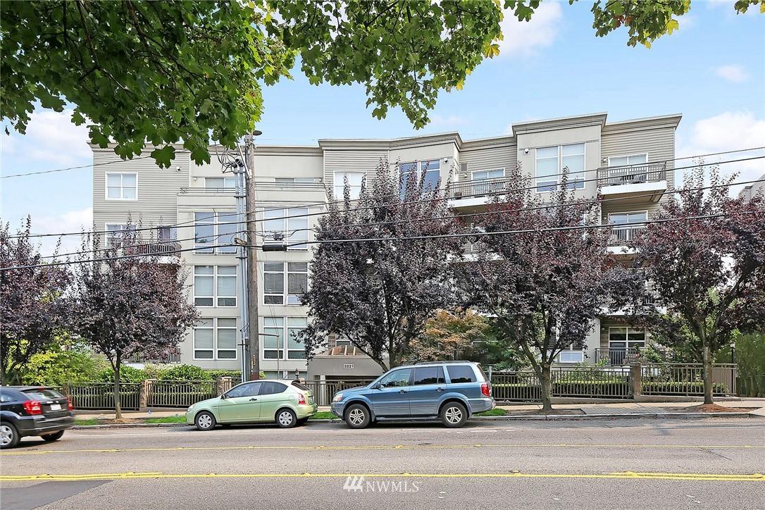 Sold Property   3221 SW Avalon Way #505 Seattle, WA 98126 0
