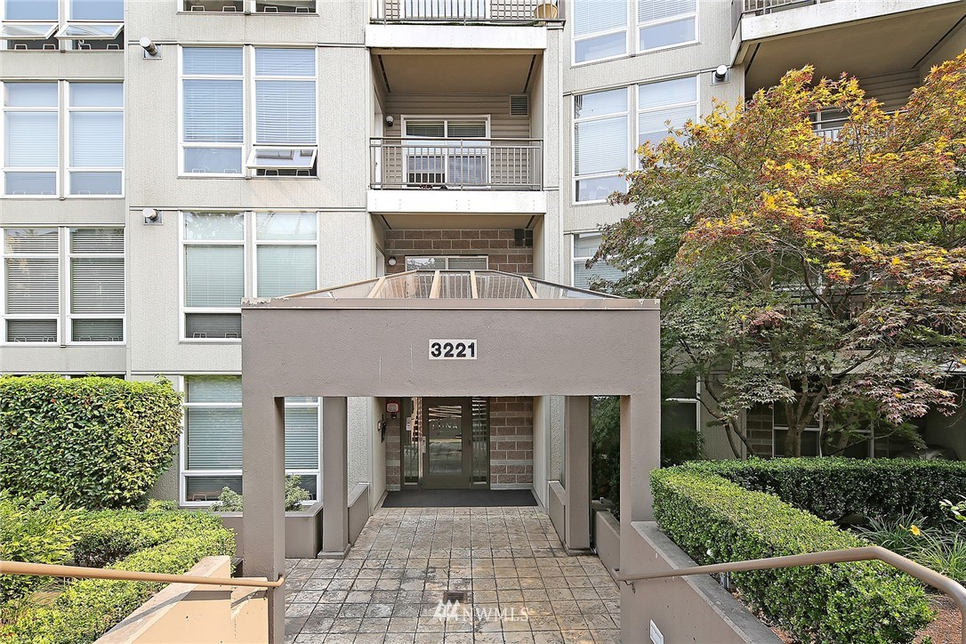 Sold Property   3221 SW Avalon Way #505 Seattle, WA 98126 1