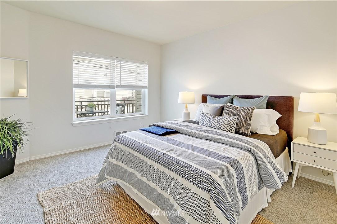Sold Property   3221 SW Avalon Way #505 Seattle, WA 98126 12