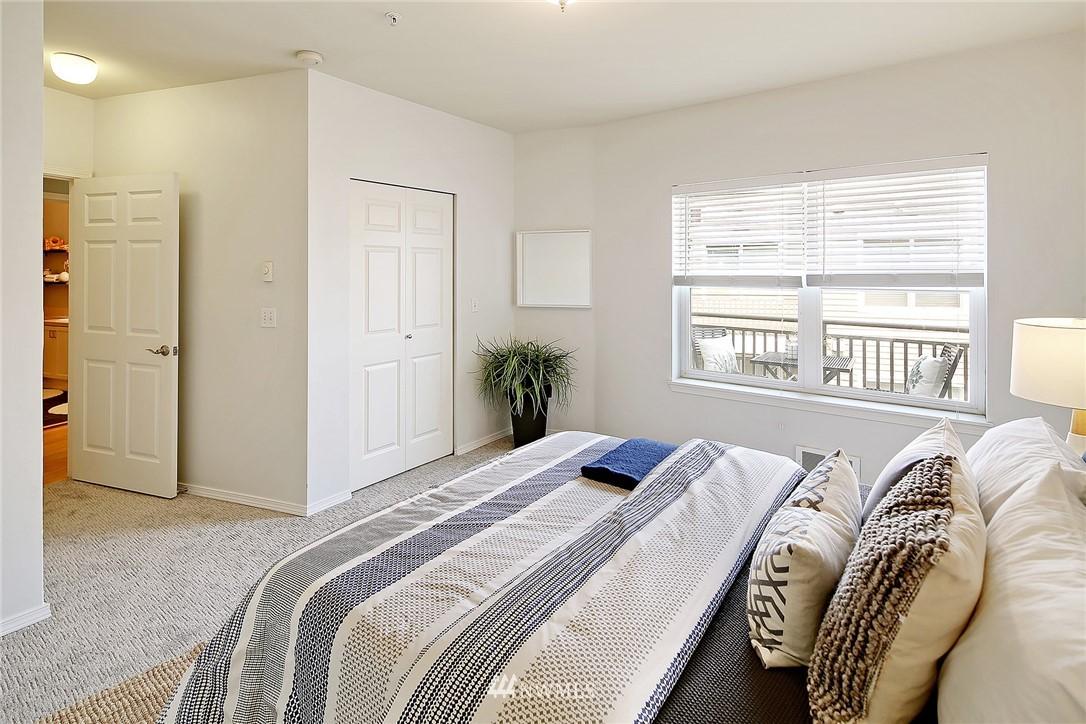 Sold Property   3221 SW Avalon Way #505 Seattle, WA 98126 13
