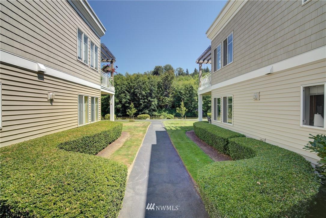 Sold Property | 17432 Bothell Way NE #B109 Bothell, WA 98011 1