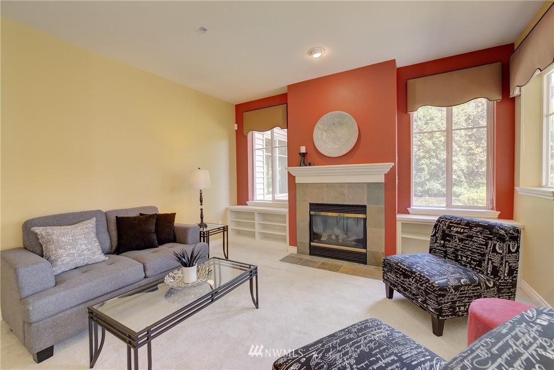 Sold Property | 17432 Bothell Way NE #B109 Bothell, WA 98011 6
