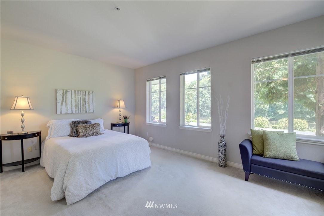 Sold Property | 17432 Bothell Way NE #B109 Bothell, WA 98011 12