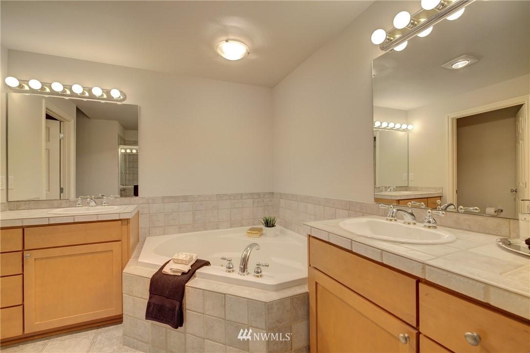 Sold Property | 17432 Bothell Way NE #B109 Bothell, WA 98011 14