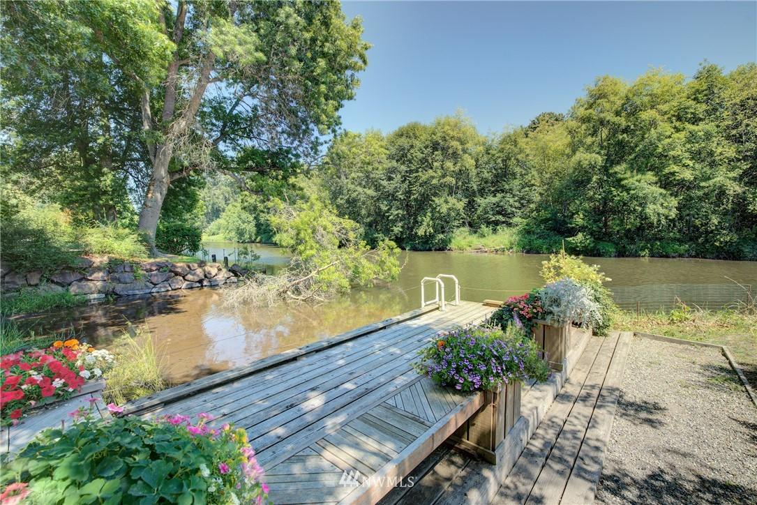Sold Property | 17432 Bothell Way NE #B109 Bothell, WA 98011 21