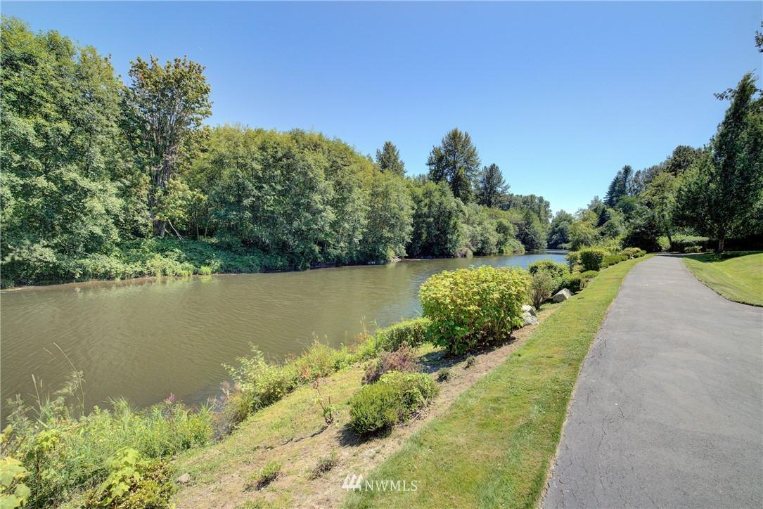 Sold Property | 17432 Bothell Way NE #B109 Bothell, WA 98011 22