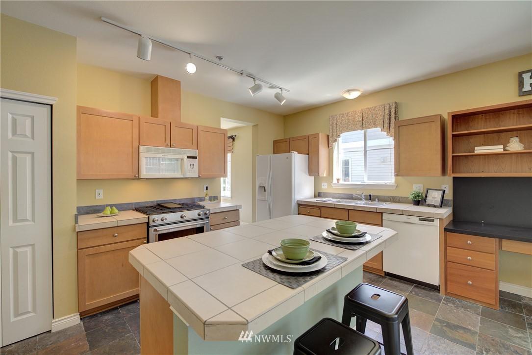 Sold Property | 17432 Bothell Way NE #B109 Bothell, WA 98011 24