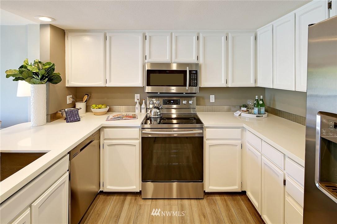 Sold Property | 2440 140th Avenue NE #37 Bellevue, WA 98005 5