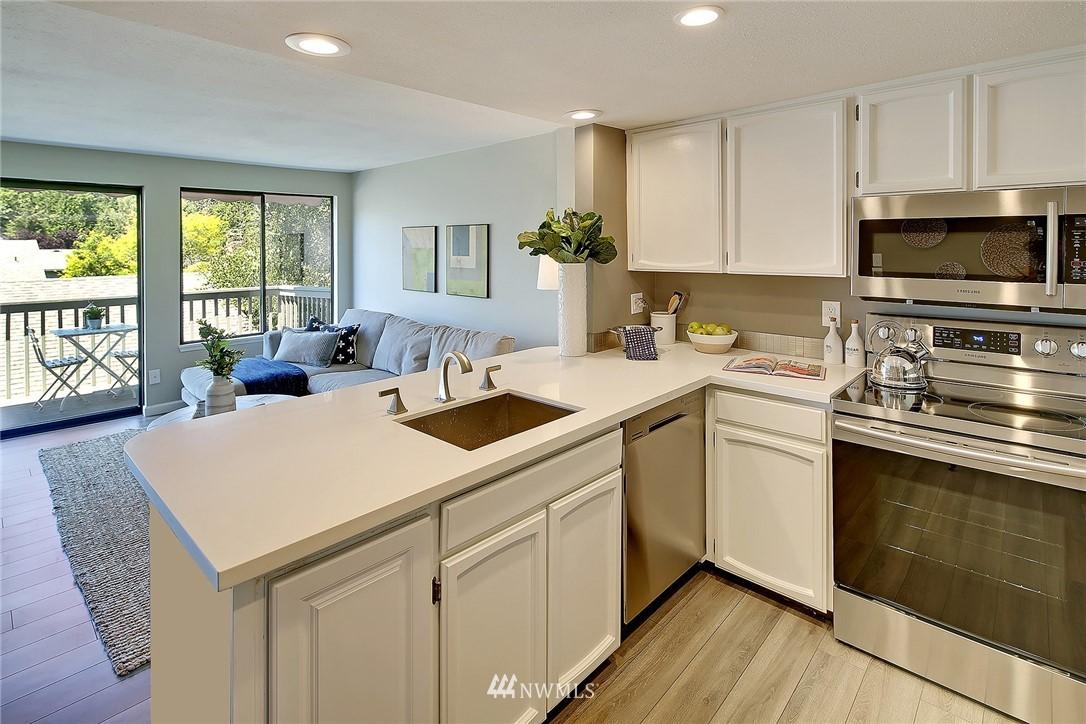Sold Property | 2440 140th Avenue NE #37 Bellevue, WA 98005 6