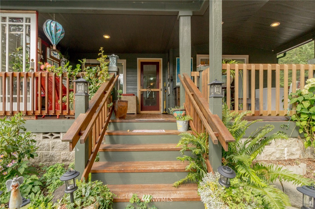 Sold Property   450 Kingsway NW Bremerton, WA 98312 3