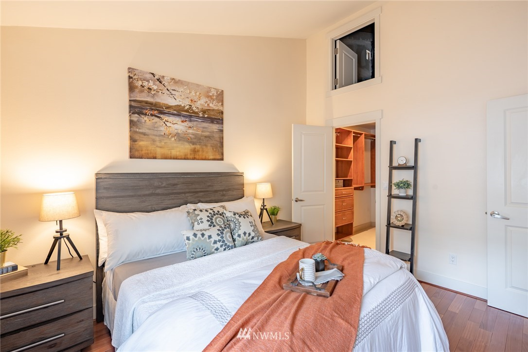 Sold Property | 15300 NE 15th Place #8 Bellevue, WA 98007 10